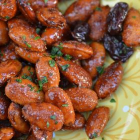 Balsamic Honey Roasted Almonds with Dried Cherries